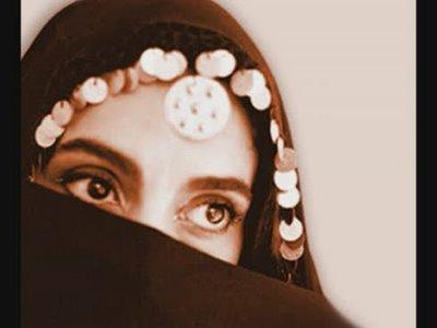 20100326051849-ojos-de-mujer-1-.jpg