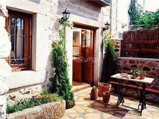 20110619044800-8188-casas-valle-felipa-fachada-g.jpg