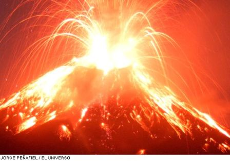 20110612054233-20080304162738-20080303165055-volcan-en-erupcion.jpg