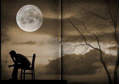 20120305045518-luna-con-hombre-triste.jpg